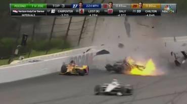 Tremendo incidente in una gara IndyCar