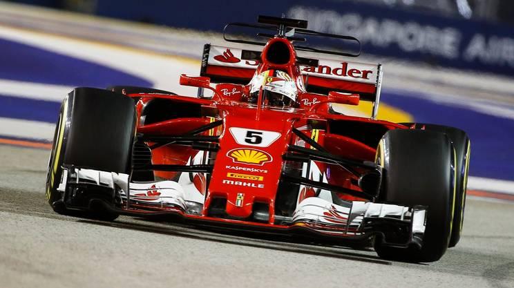 Vettel partirà davanti a tutti a Singapore