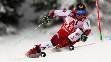 Hirscher in difficoltà sulle nevi austriache