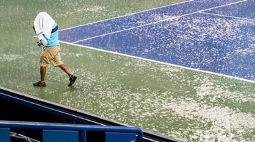 La pioggia ferma Federer e Wawrinka