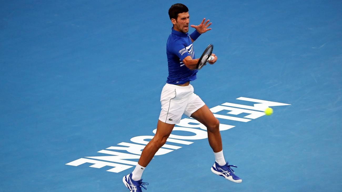 Australian Open, Djokovic raggiunge Nadal in finale: demolito Pouille