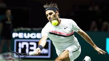 Federer a un match dal tornare numero uno