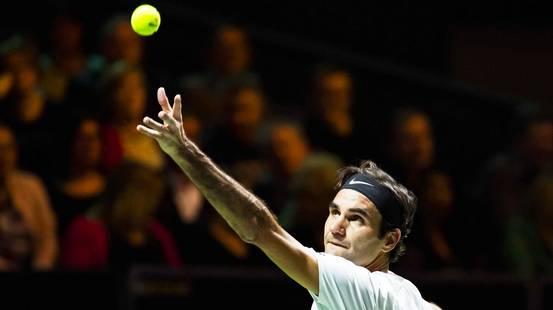 Federer vola in finale a Rotterdam