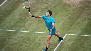 Federer supera senza problemi Bedene