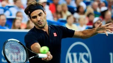 Federer raggiunge Wawrinka nei quarti