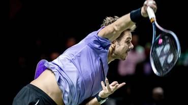 Stan Wawrinka in semifinale a Rotterdam